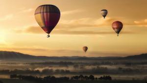 how to write a travel blog?